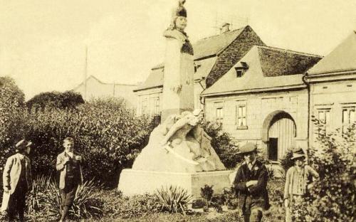II. Rákóczi fejedelem szobra a Kossuth utcában,1916.