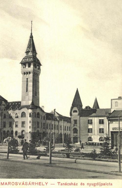 Városháza és Nyugdíjpalota még Kultúrpalota nélkül,1911.