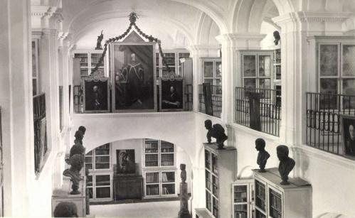 Marosvásárhely:Teleki Téka ,1942.