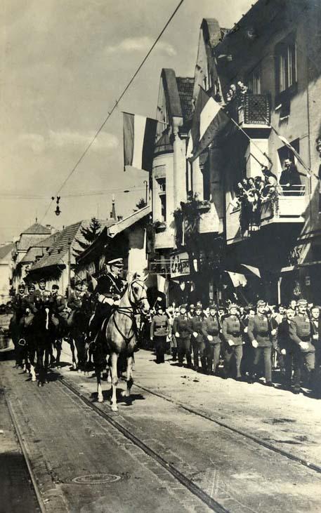 Nagyvárad:Horthy Miklós és a magyar honvéde bevonulása.1940