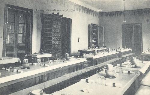 Nagyvárad:leánynövendékek ebédlője.1914