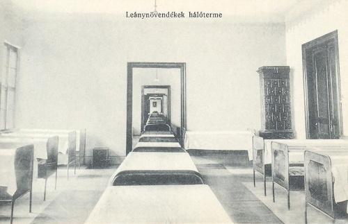 Nagyvárad:leánynövendékek hálóterme.1914