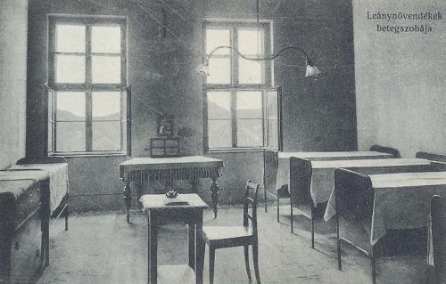 Nagyvárad:Leánynövendékek betegszobája.1914