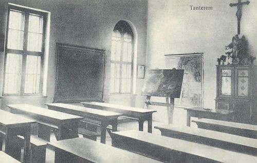 Nagyvárad:leánynövendékek tanterme.1914