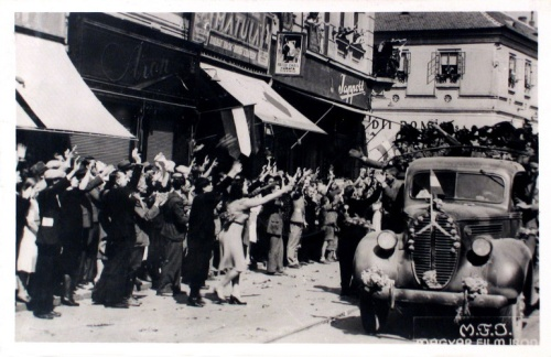 Nagyvárad:magyar honvédek fogadtatása.1940