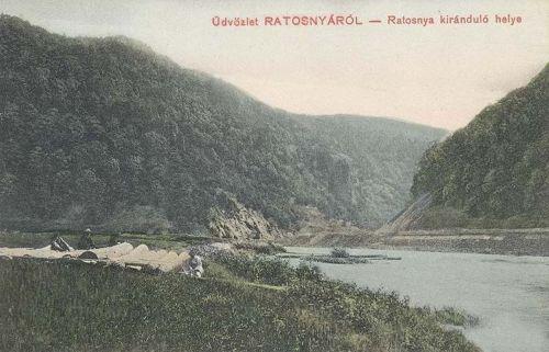 Ratosnya:nyaraló hely és látkép a Marossal 1910