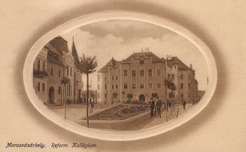 Marosvásárhely:Református Kollégium,balra a Domokos szálloda.1912