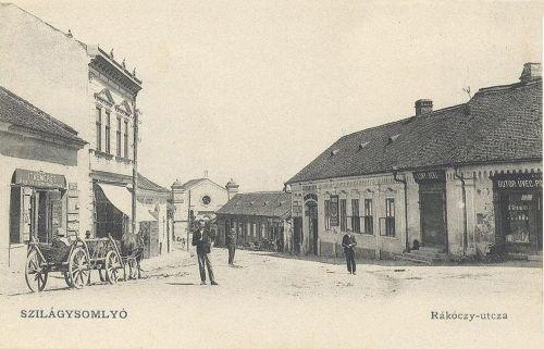 Szilágysomlyó:Rákóczi utca az izraelita templommal.1904