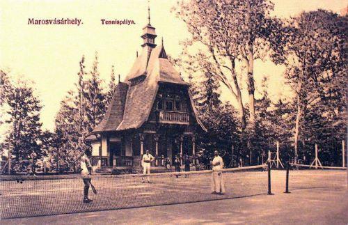 Marosvásárhely:teniszpálya a Houchard pavilonnal.1909