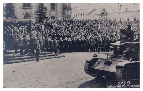 Kolozsvár:tankok felvonulása.1940