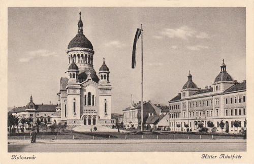 Kolozsvár:Országzászló az Adolf Hitler téren.1942