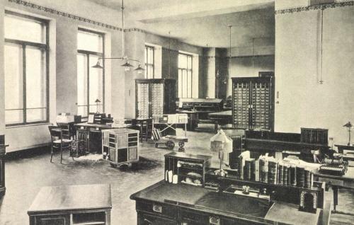 Kolozsvár:Egyetemi Könyvtár belseje,1910.