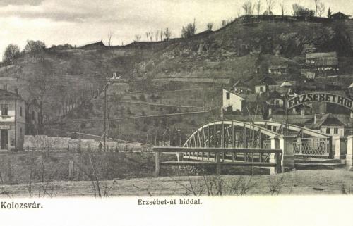 Kolozsvár:Erzsébet-hid,-út és szobor a Fellegvár irányába,1906.