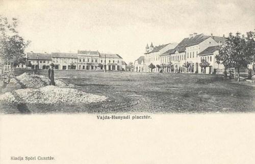Vajdahunyad:piac tér.1904