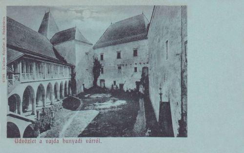 Vajdahunyad:vár udvari részlete.1899