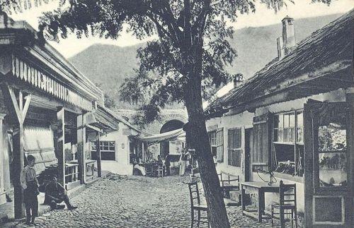 Ada Kaleh:bazár sor és várkapu.1911