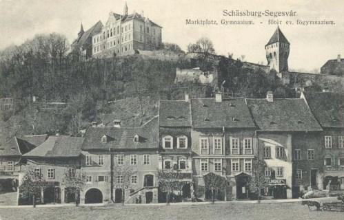 Segesvár:piac tér és evangélikus gimnázium.1912