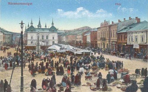 Máramarossziget:piac a vigadó és szálloda előtt.1913