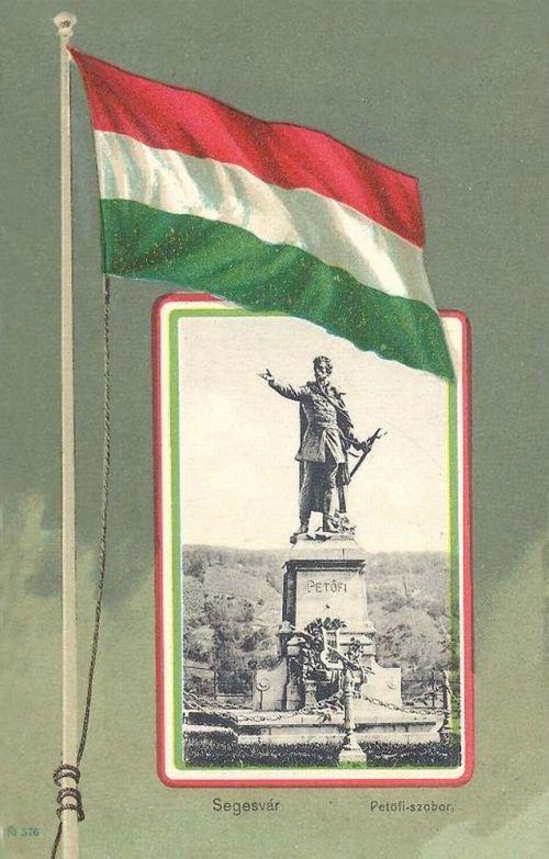 Segesvár,Petőfi szobor(ma Kiskunfélegyházán)1901