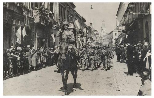 Szatmárnémeti:magyar honvédek bevonulása.1940
