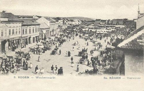 Szászrégen,hetivásár a főtéren 1905