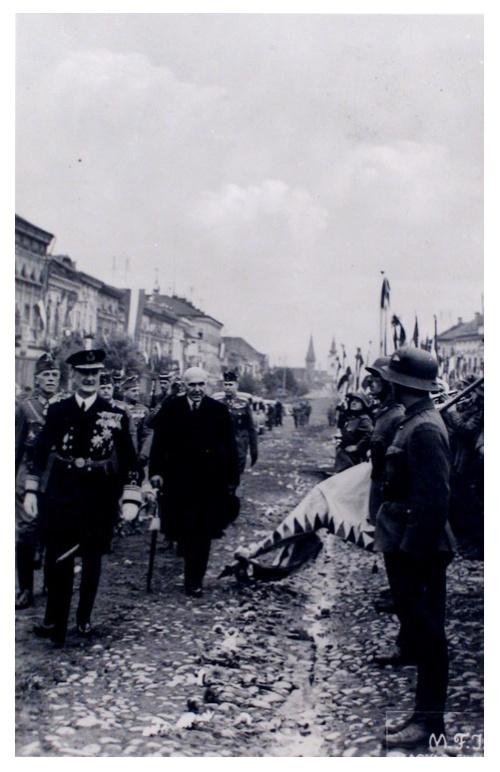 Szászrégen:Horthy Miklós magyar honvédek előtt.1940