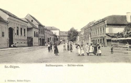 Szászrégen:Bálház utca,1906.