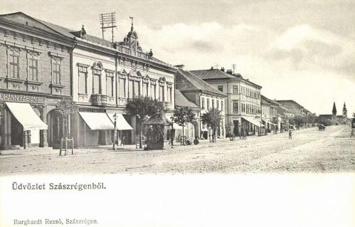 Szászrégen:Főtér,balra Johann Fábián és Rudolf Wagner üzlete,1906.