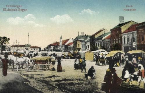 Szászrégen:vásár a főtéren,1918.