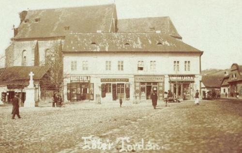 Katolikus templom és Nagy Gyula,Virág Antal,Gombos László üzletei,1901.