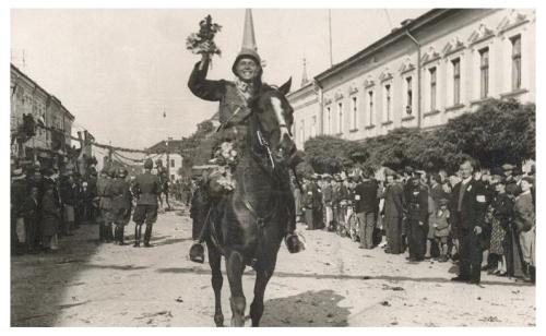 Máramaros:honvédek felvonulása.1940