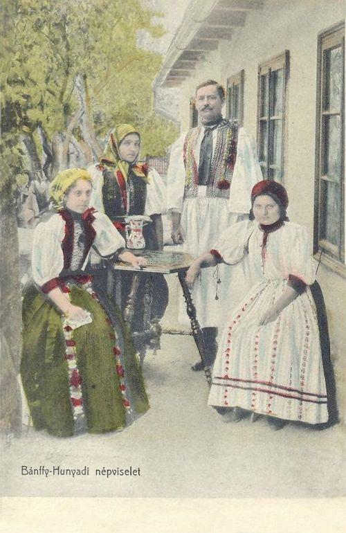 Bánffyhunyad:népviseletek.1912