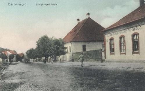 Bánffyhunyad:elemi polgári fiú iskola.1911