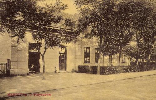 Margitta:pályaudvar,vasútállomás (várótermek) 1908