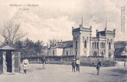 Medgyes:Tornacsarnok.1909
