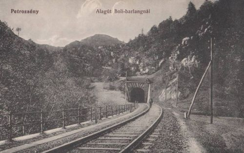 Petrozsény:vasúti alagút a Boli barlangnál.1915