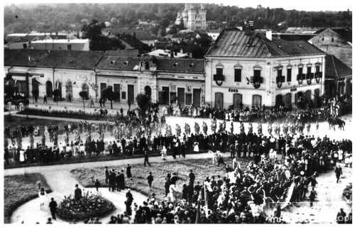 Zilah:Magyar honvédek bevonulása,1940 szeptember 9-én.