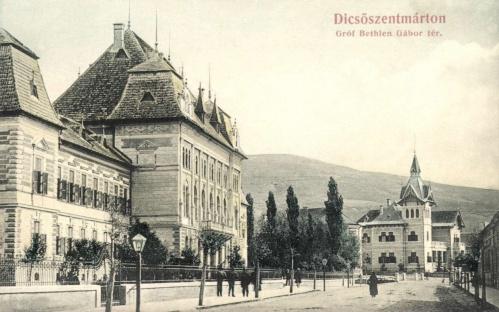 Gróf Bethlen Gábor-tér a vármegyeházával és kaszinóval,1906.