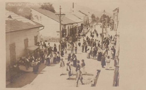 Felsővisó:vásár a fő utcán.1917