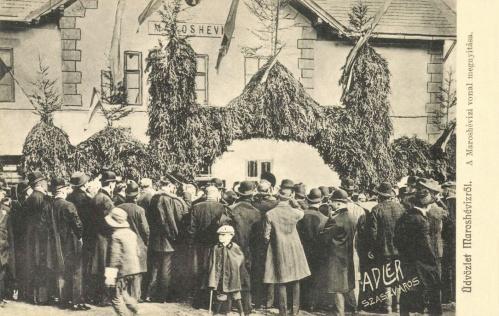 Maroshévíz:vasútállomás felavatási ünnepsége,1909-ben.