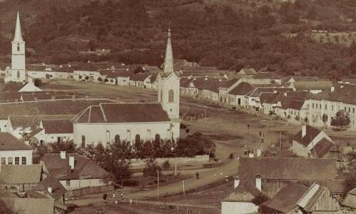 Szilágysomlyó:látkép a templomokkal.1905