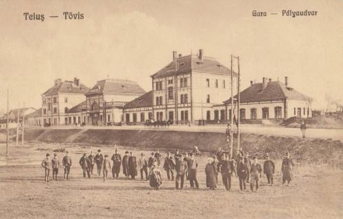 Tövis:pályaudvar.1928