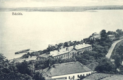 Báziás:látkép a Dunával és a vasútállomással.1912