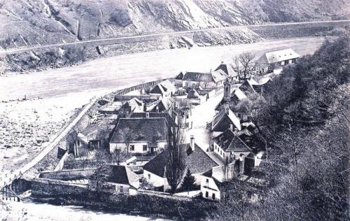Vöröstorony:szoros a folyóval.1914