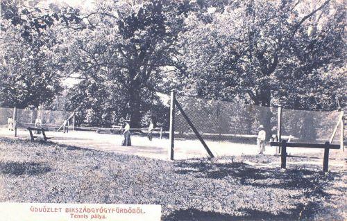Bikszádgyógyfürdő:tenis pálya.1904