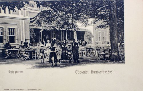 Buziásfürdő:Gyógyterem terasza az étteremmel.1904