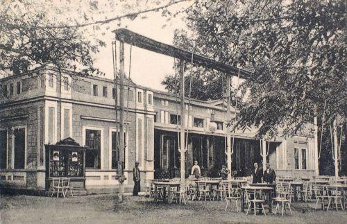 Buziás:Cursalon előtti étterem terasza.1910