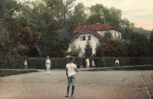Félix:tenisz pálya,1908.