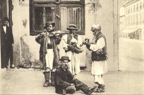 Herkulesfürdő:dudások,1903.