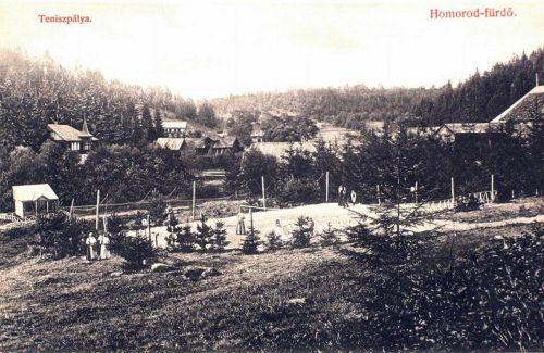 Homorodfürdő:teniszpálya és villák.1909